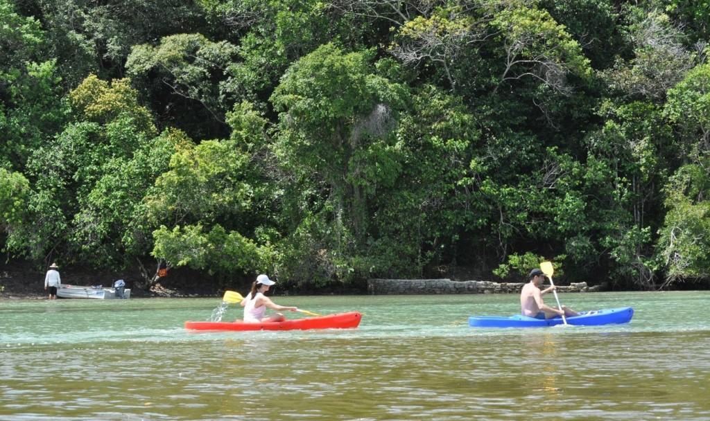 Caiaque no rio Caraíva